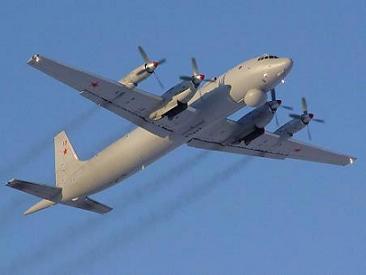 Патрульный противолодочный самолет ил-38.