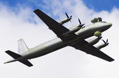 Патрульный противолодочный самолет ил-38н.