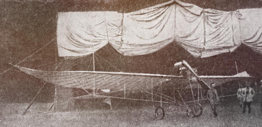 Первые авиационные ангары