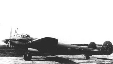 Пикирующий бомбардировщик пе-2м.