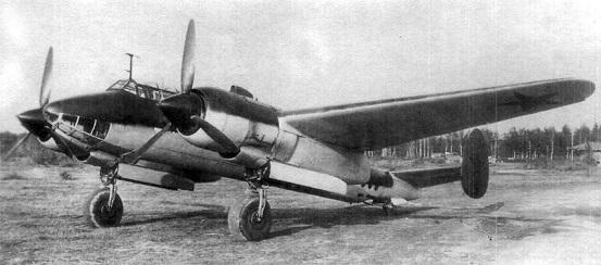 Пикирующий бомбардировщик ту-2 № 716.