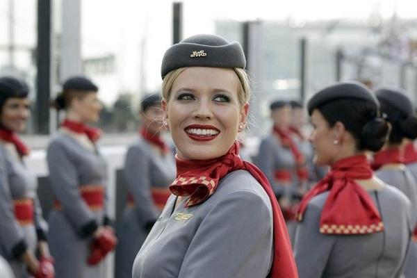 Пилотка стюардессы - головной убор и аксессуар