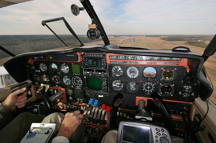 Piper pa-23 apache\aztec. технические характеристики. фото.