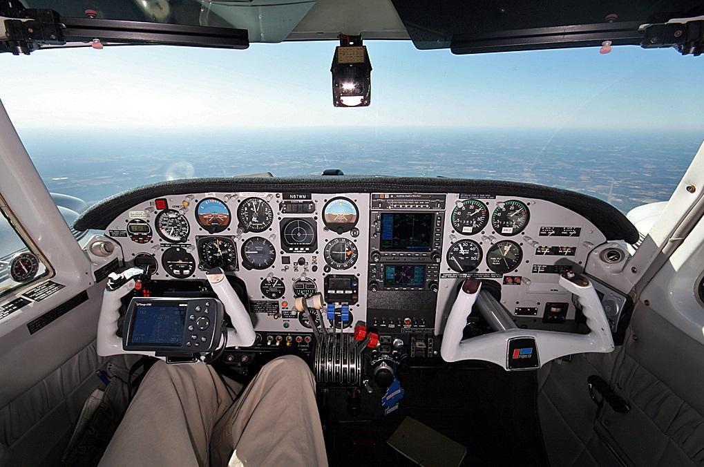 Piper pa-30 twin comanche. технические данные. фото