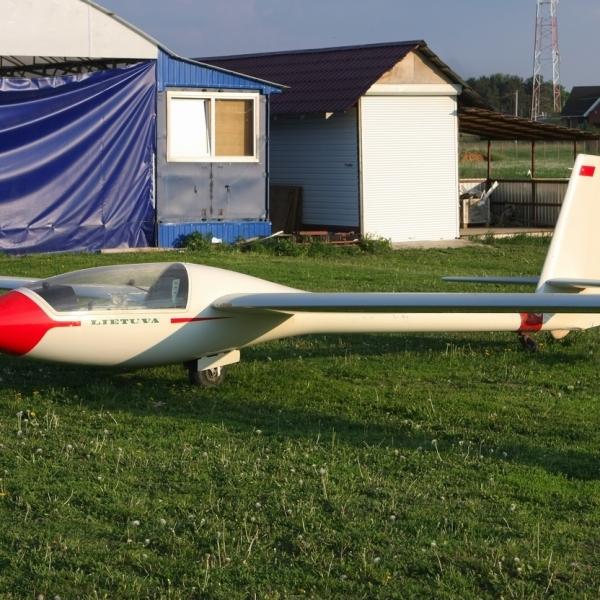 Планер «летува» лак-12.