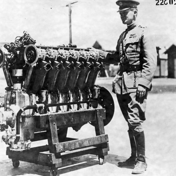 Поршневой авиационный двигатель м-5 (liberty-12).