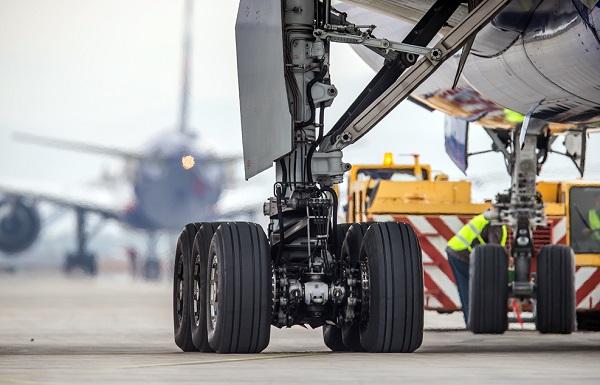 Проверка самолета перед полетом