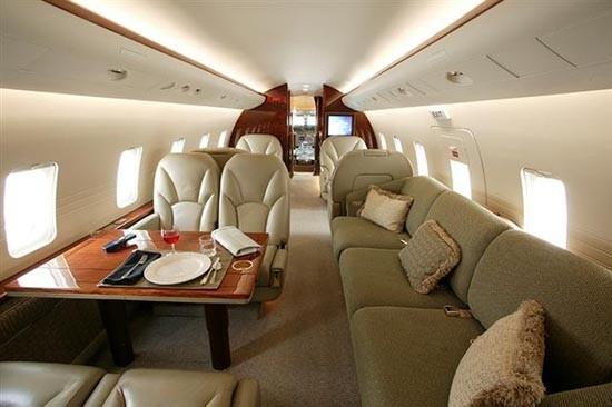 Самолет bombardier challenger 600. фото. характеристики.