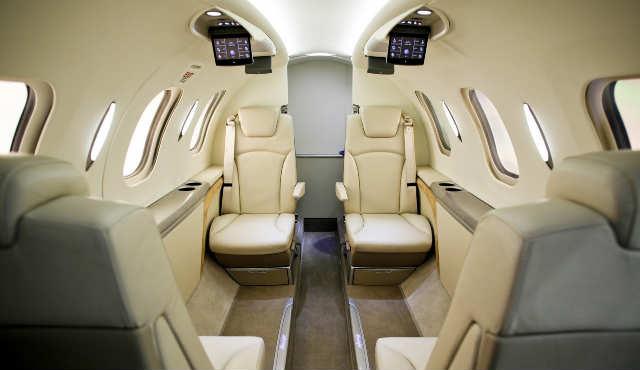 Самолет ha-420 hondajet. фото. характеристики. салон.