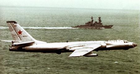 Самолет-разведчик ту-16р.