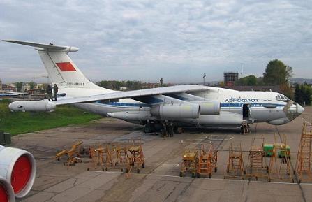 Самолет рэб ил-76пп.