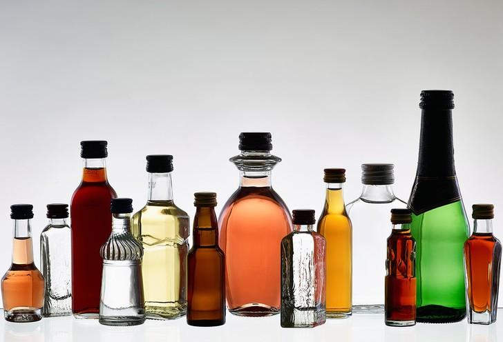 Сколько можно брать алкоголя, спиртного в самолет
