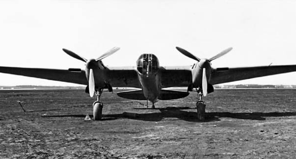 Скоростной бомбардировщик сб-рк (ар-2).