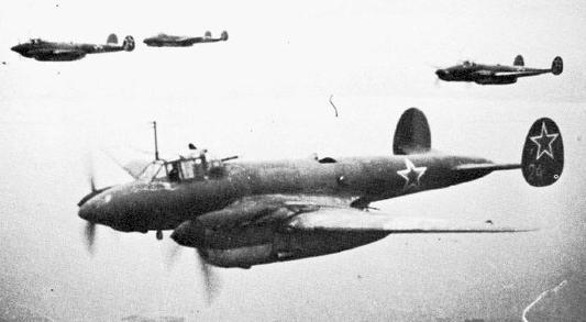 Советские летчики в боях за карелию