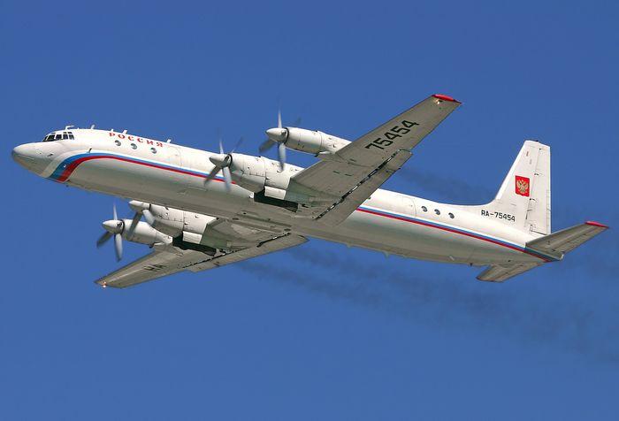 Среднемагистральный пассажирский самолет ил-16 (второй).