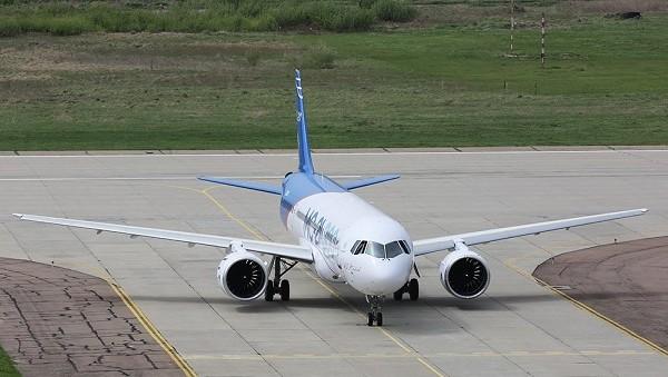 Среднемагистральный пассажирский самолет мс-21.