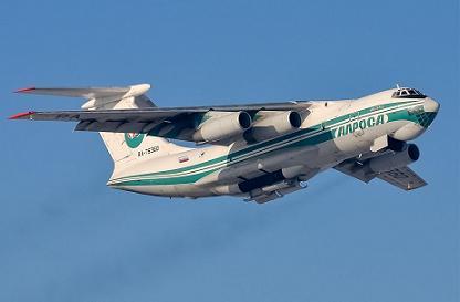 Средний транспортный самолет ил-76тд.