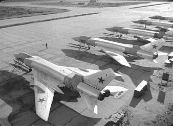 Тяжелый истребитель-перехватчик ту-128.