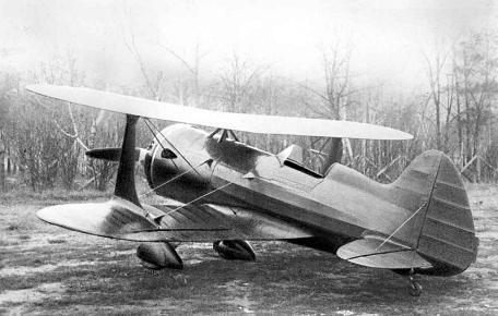Тренировочный, пилотажный самолет нв-6 (ути-6).