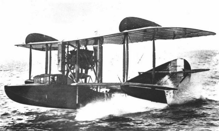 Учебно-тренировочная летающая лодка му-3.