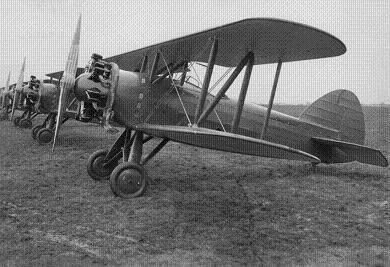 Учебно-тренировочный самолет avia b-122.