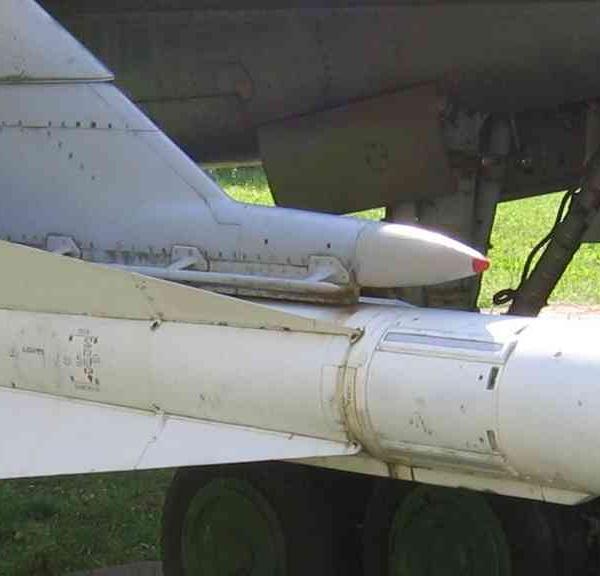 Управляемая ракета средней дальности р-4 (к-80, «изделие 36»).