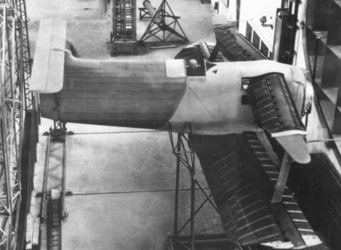 Утопическое крыло с переменной площадью. семейство экспериментальных самолетов varivol конструкции жака жери. часть 1