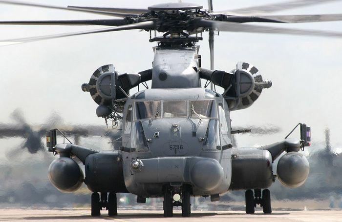 Вертолёт sikorsky ch-53e super stallion. технические характеристики. фото.